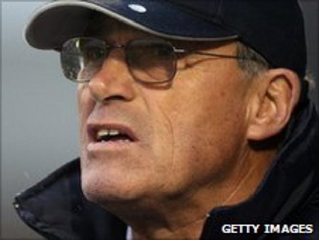 Crewe Alexandra manager Dario Gradi