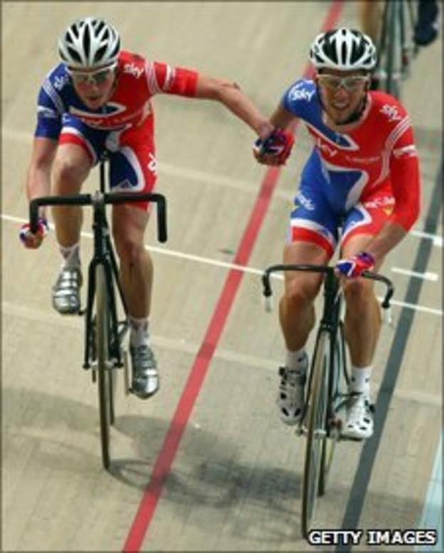 Mark Cavendish and Peter Kennaugh in action during the Men's Madison at the UCI Track Cycling World Championships in Poland (2009)
