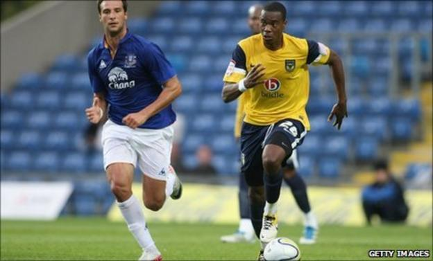 Liam Davis (r) gets away from Everton youngster Apostolos Vellios