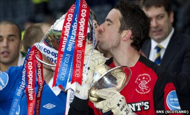 Rangers keeper Neil Alexander celebrates the League Cup final victory