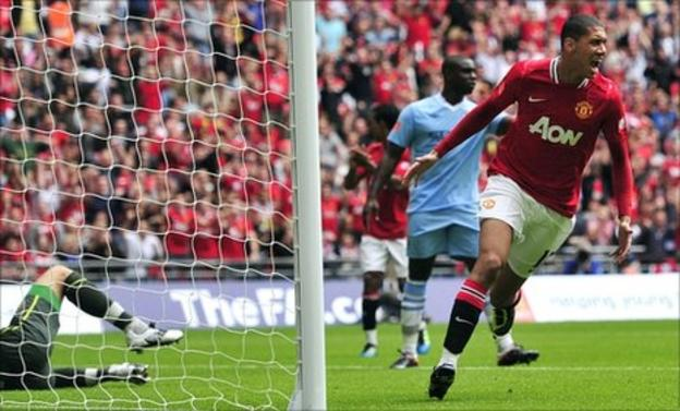 Chris Smalling scores for Manchester United