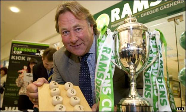 Alan Rough makes the draw