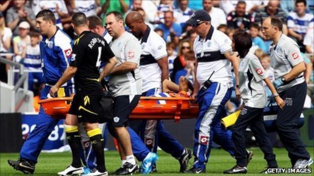 Kieron Dyer is stretchered off