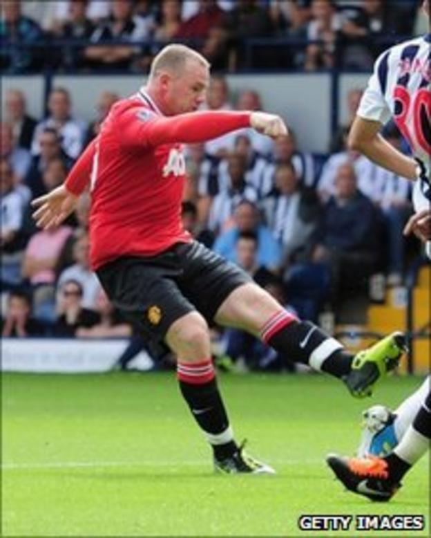 Manchester United's Wayne Rooney opens the scoring