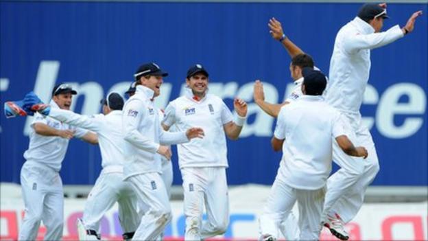 England celebrate victory over India at Edgbaston