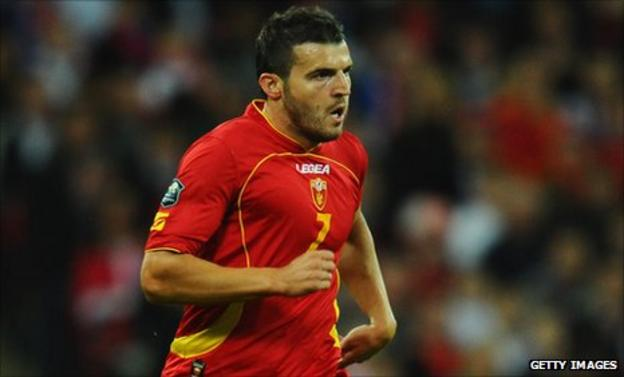 Simon Vukcevic is set to sign for Blackburn