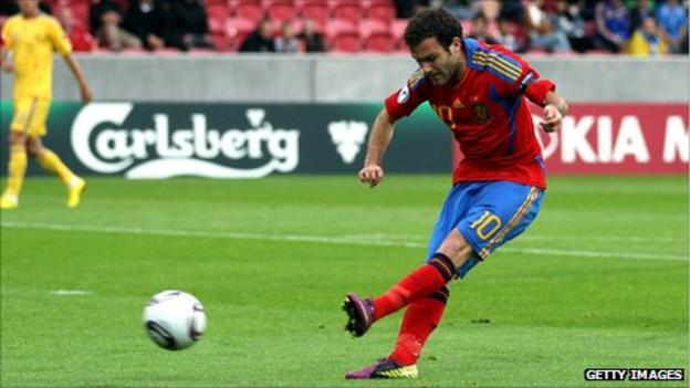 Juan Mata scoring for Spain