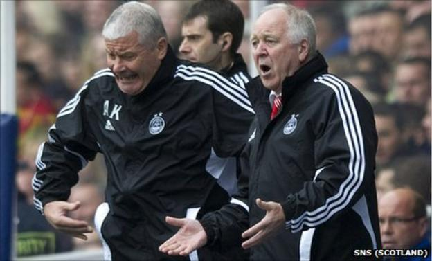 Aberdeen assistant manager Archie Knox and manager Craig Brown
