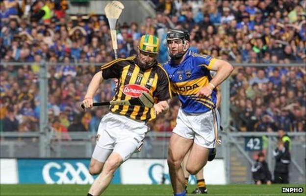 Richie Power and Conor O'Mahony battle in the All-Ireland Hurling Final