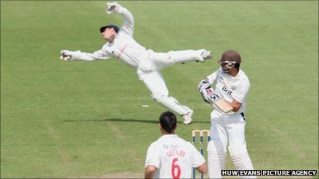 Mark Wallace will combine his wicket-keeping with the Glamorgan captaincy