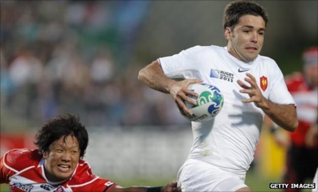 Dimitri Yachvili races away for France against Japan