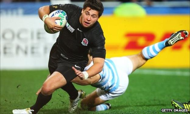 Ben Youngs scoots over for England's only try