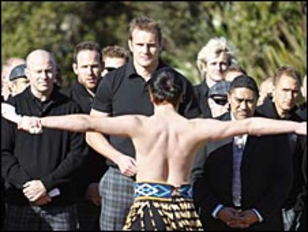 A Haka Powhiri greets the Scots