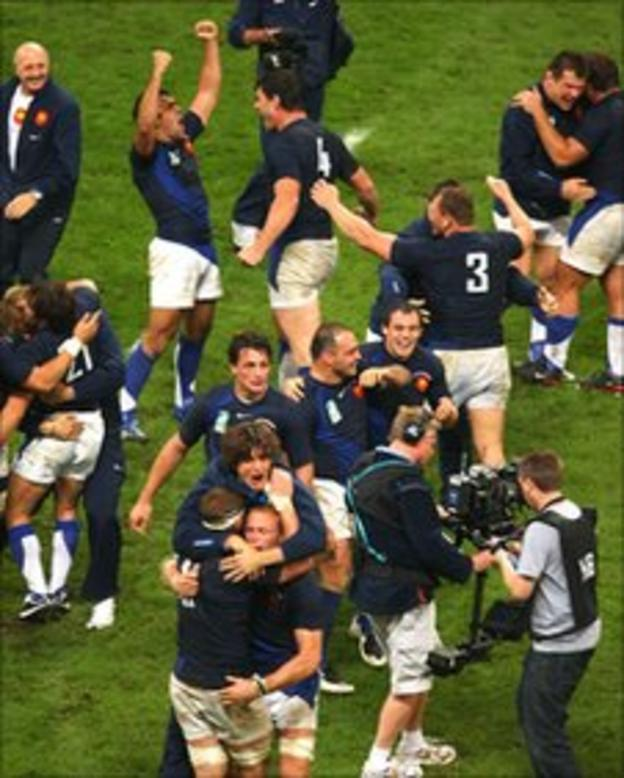France celebrate defeating New Zealand at the 2007 World Cup