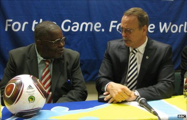 Ndumiso Gumede (Zifa vice-president) with Fifa's Chris Eaton