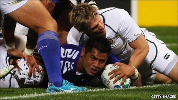George Stowers scores Samoa's try