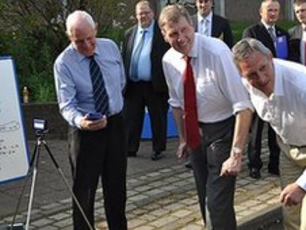 Scottish Justice Secretary Kenny MacAskill and Olympic sprint champion Allan Wells
