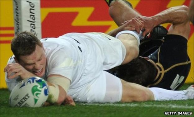 Chris Ashton scores England's winning try