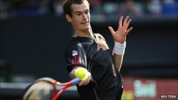 Andy Murray playing against David Ferrer at Japan Open