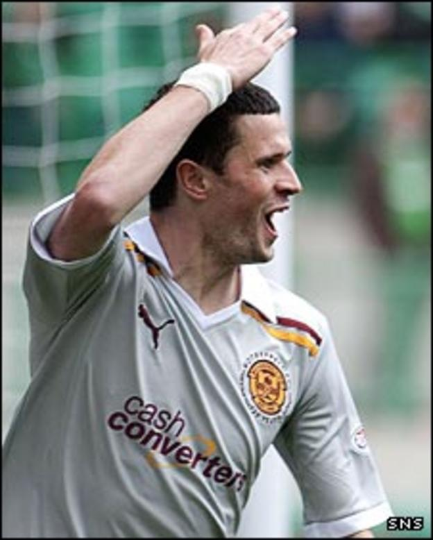 Jamie Murphy celebrates