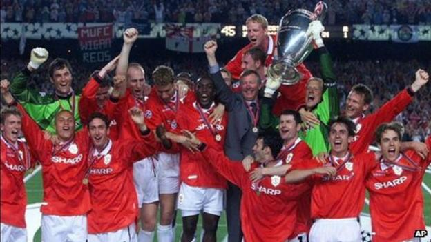 Manchester United win the Champions League in 1999