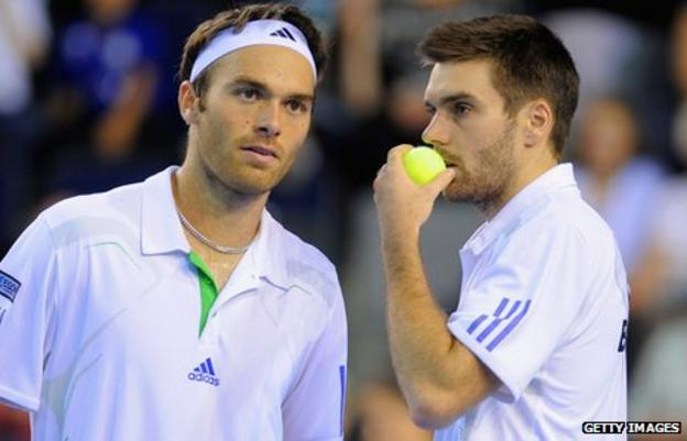 Colin Fleming (left) and Ross Hutchins