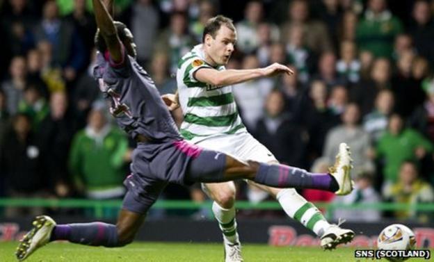 Anthony Stokes scores for Celtic against Rennes