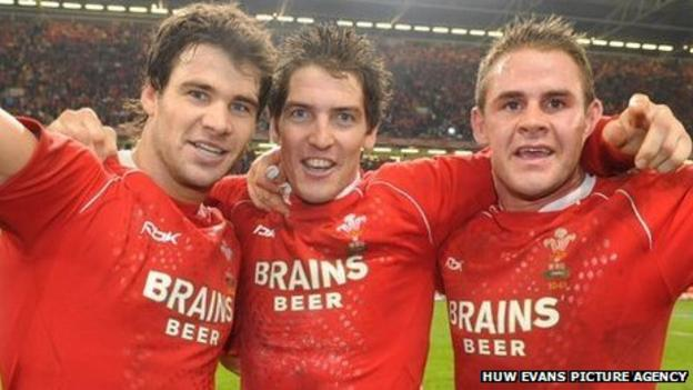 Mike Phillips, James Hook, Lee Byrne