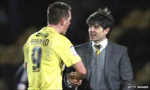 Paul Peschisolido (right) congratulates Shaun Harrad