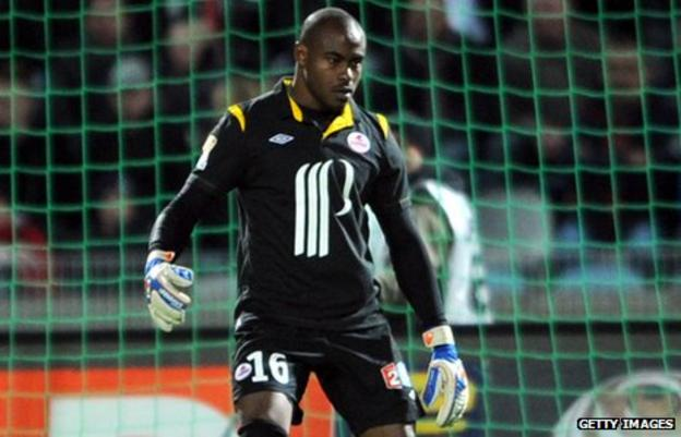 Vincent Emyeama in action for Lille