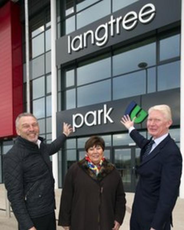 John Downes (Langtree), Cllr Marie Rimmer and Eamonn McManus