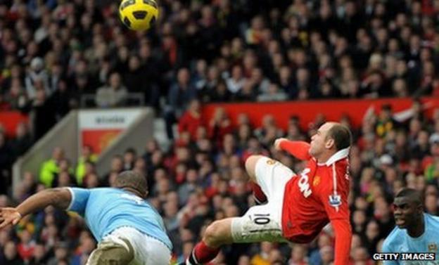 Wayne Rooney scores against Manchester City