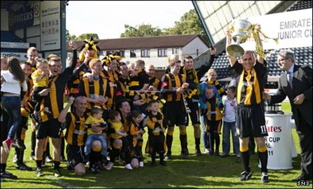 Auchinleck with the Junior Cup