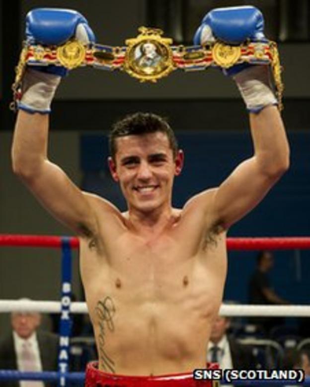 Anthony Crolla with the British lightweight belt