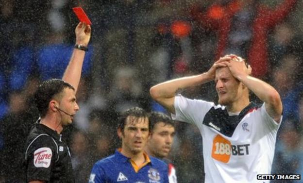 David Wheater is sent off for Bolton against Everton