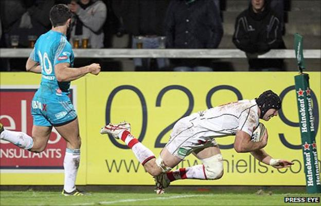 Ulster forward Stephen Ferris gets over for the first try against Aironi