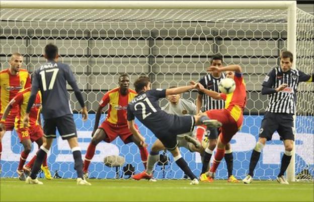 Esperance take on Monterrey at the Club World Cup