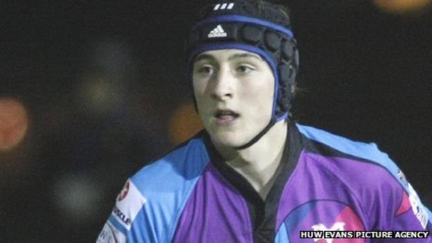 Ospreys and Swansea fly-half Sam Davies