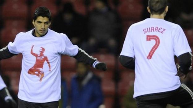 buy online e7adb db477 Liverpool players support Luis Suarez after FA race verdict ...
