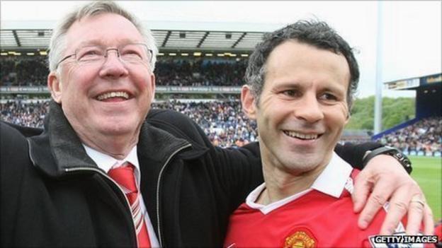 Sir Alex Ferguson (L), Ryan Giggs