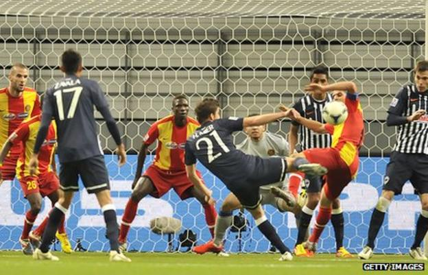 Esperance being beaten at the Club World Cup