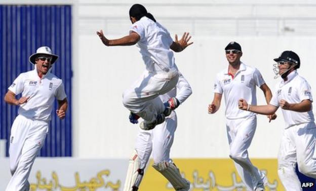 Panesar celebrates after bowling Younus Khan