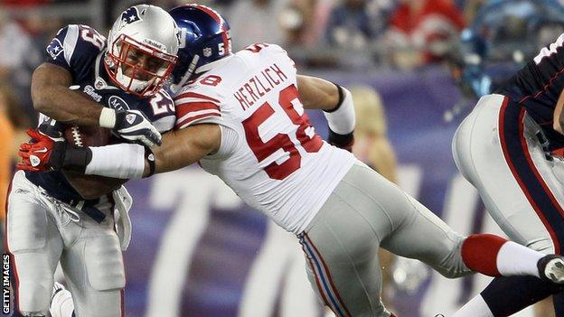 Mark Herzlich of the New York Giants, playing against the New England Patriots