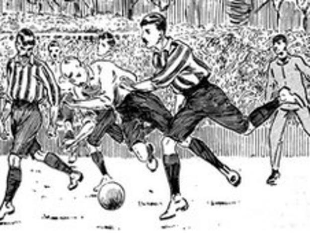 An early football game