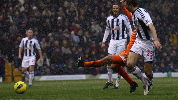 Danny Graham scores Swansea's winner