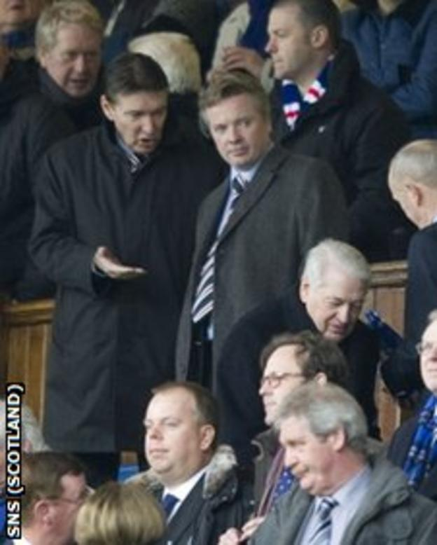 Rangers owner Craig Whyte (centre)