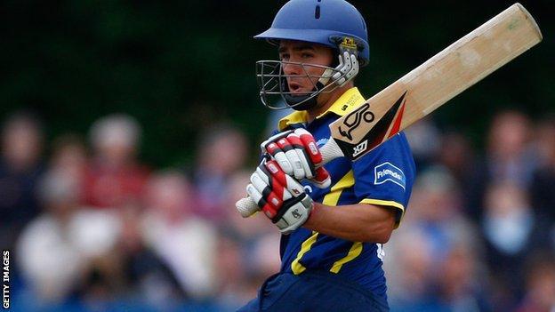 Chris Taylor batting for Gloucestershire