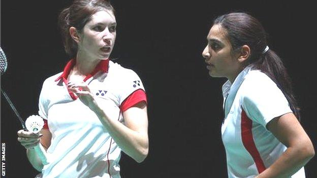 Heather Olver (l) and Mariana Agathangelou