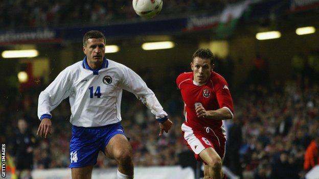 Wales drew 2-2 against Bosnia-Herzegovina in 2003
