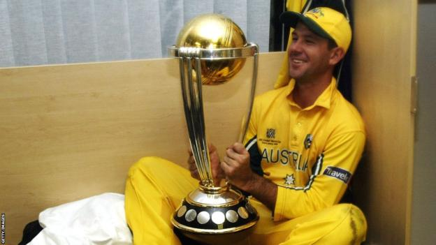Ricky Ponting with the World Cup in 2003